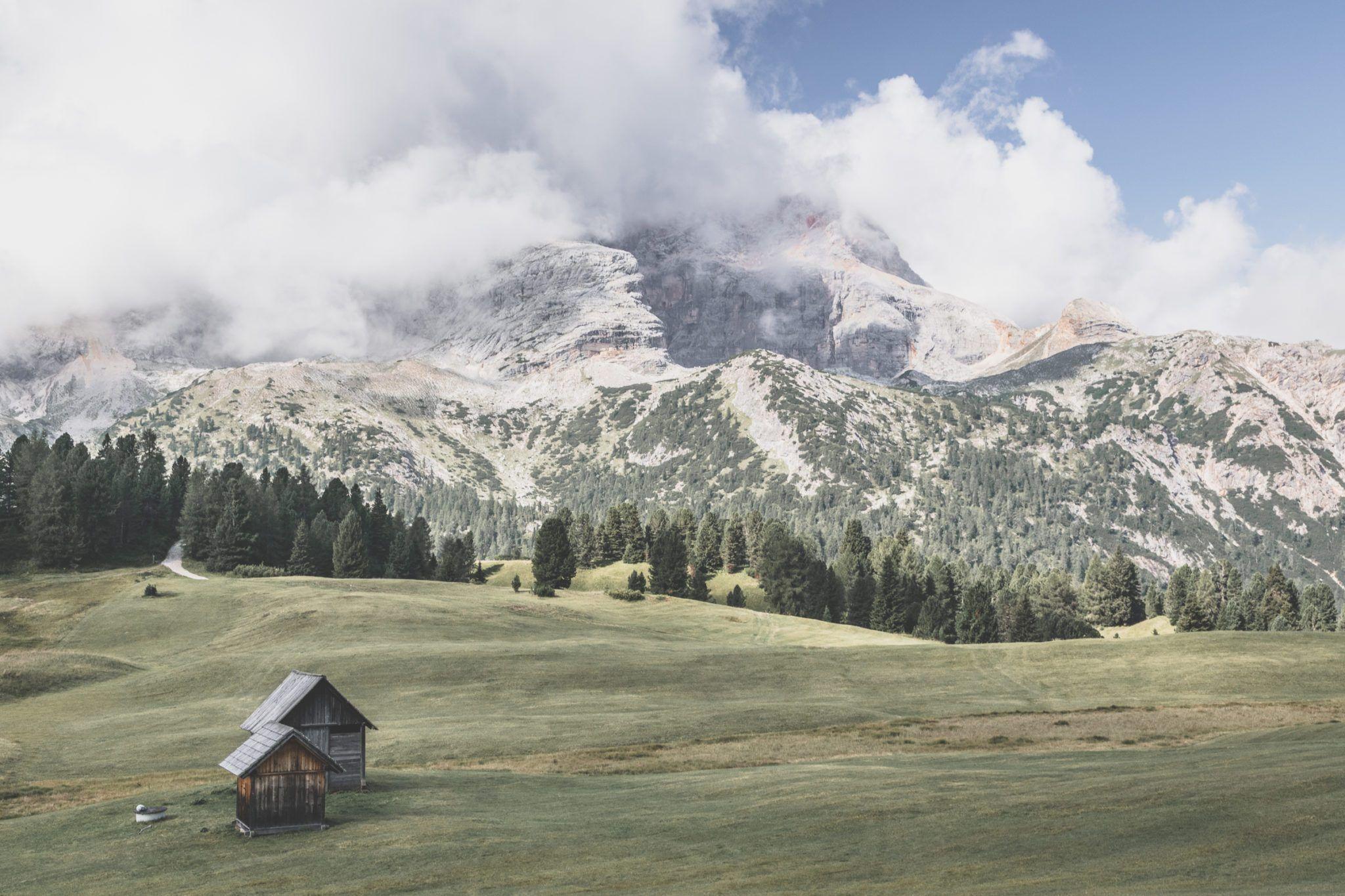 prato piazza, magnifique alpage des dolomites italiennes