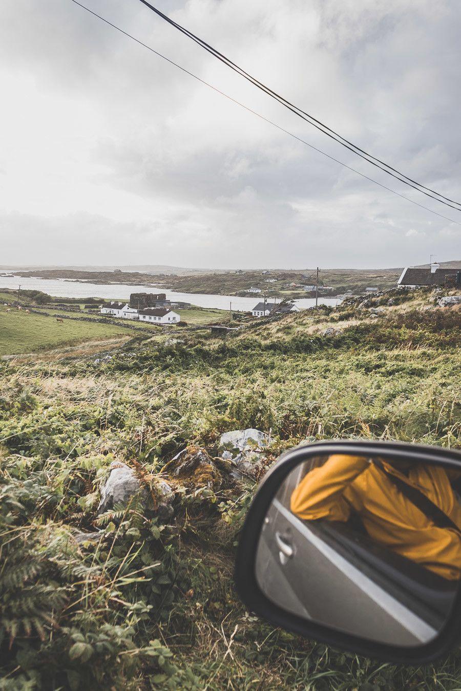Vue depuis le van en Irlande
