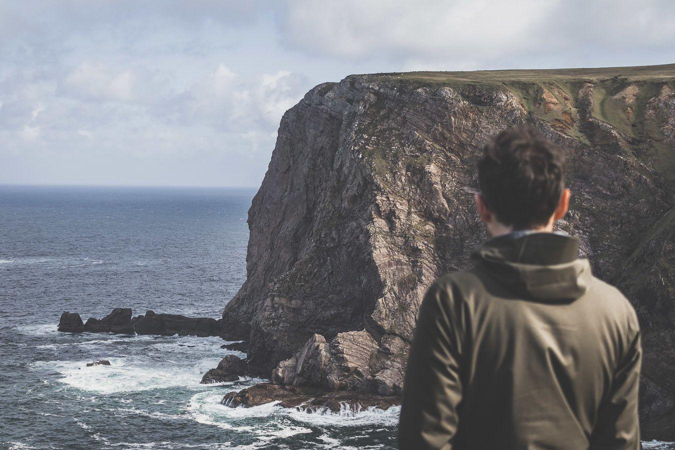 Vous vous demandez que faire en Irlande ? Quel itinéraire prendre en Irlande ? Que voir en Irlande ? Ce guide est fait pour vous. Retrouvez sur notre blog notre itinéraire détaillé de 11 jours en Irlande. Road trip Irlande / Irlande road trip / Irlande paysage / Irlande / Voyage Irlande / Voyage en Irlande / Carnet de voyage Irlande / Carnet voyage Irlande / Vacances Irlande / Road trip Europe / Road trip / Itinéraire Irlande / Irlande itinéraire / Vacances Irlande
