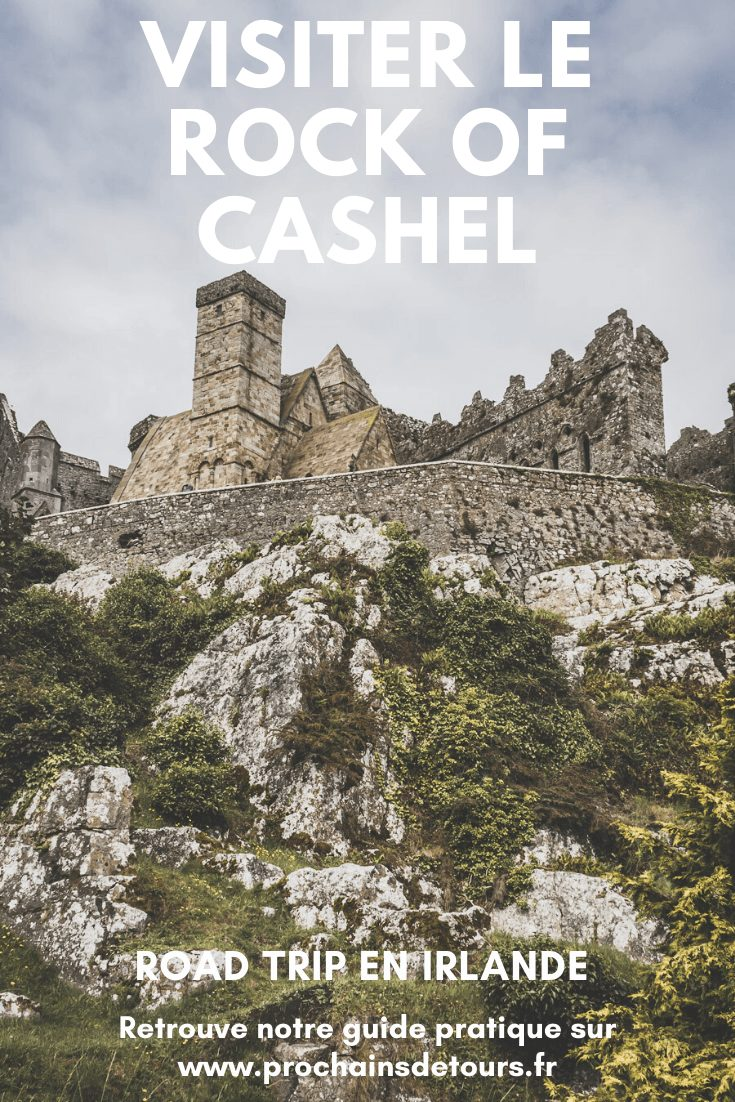 Vous planifiez un road trip en Irlande ? N'oubliez pas le château irlandais Rock of Cashel dans le comté Tipperary en Irlande. / Irlande road trip / Road trip Irlande / Irlande paysage / Irlande voyage / Voyage Irlande / Irlande voyage / Voyage Irlande / Voyage en Irlande / Carnet de voyage en Irlande / Carnet voyage Irlande / Beautiful Landscapes / Landscape photography / Rock of Cashel / Rock of Cashel Ireland / Rock of Cashel Ireland Picture / Irish Castle / Château mediéval