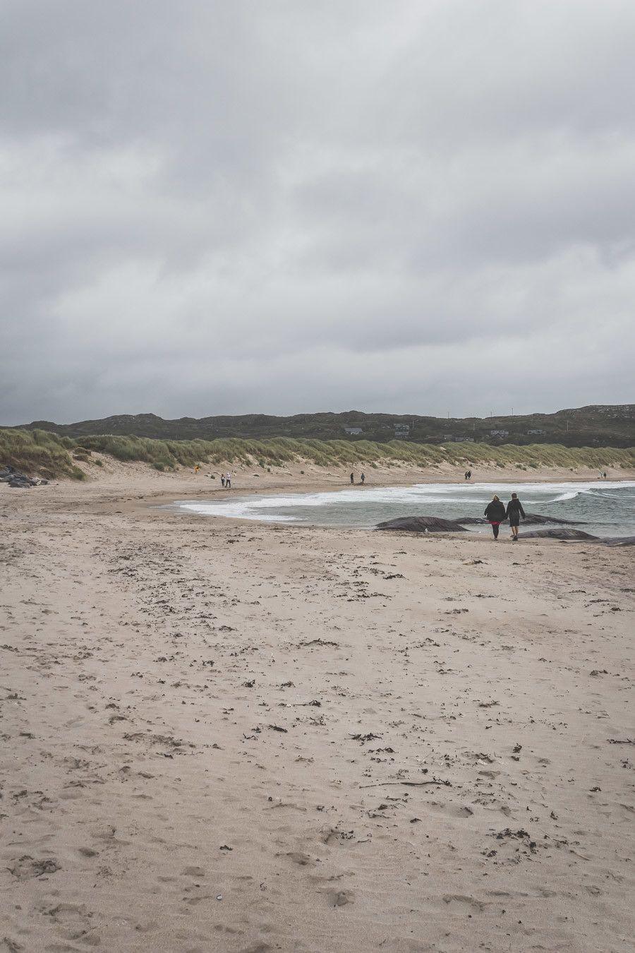 Plage de sable fin en Irlande
