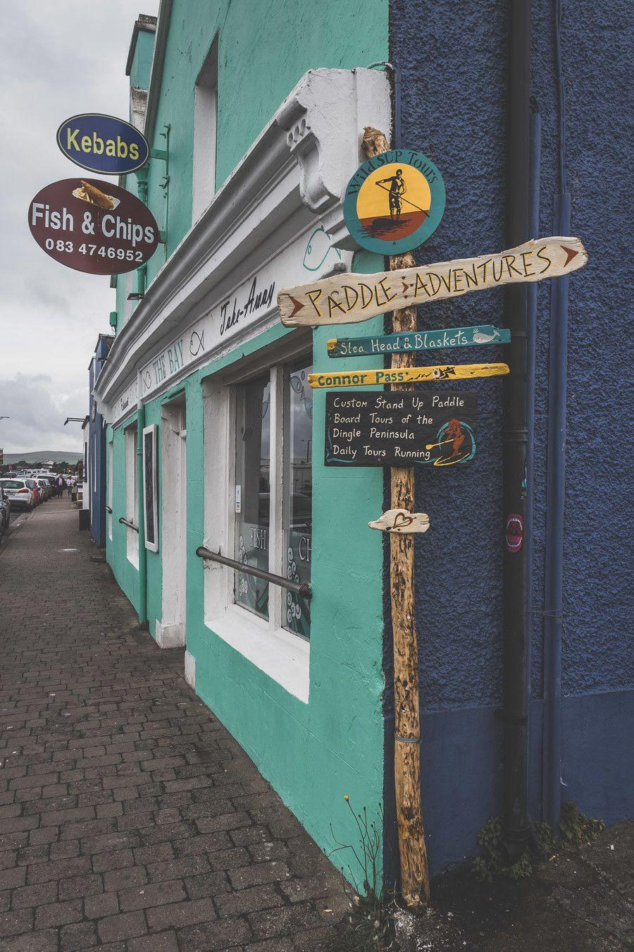La ville colorée de Dingle dans le comté de Kerry