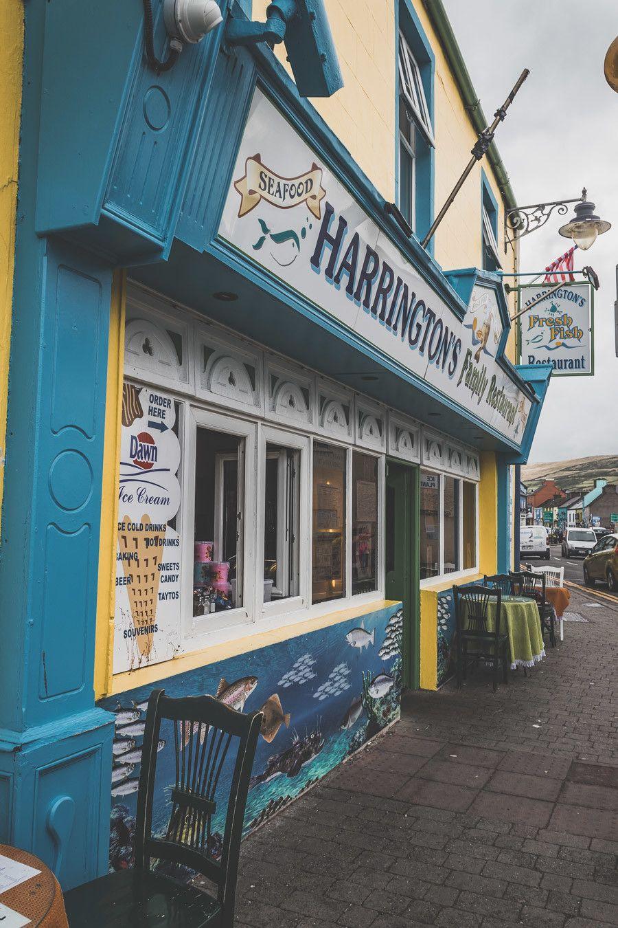 La charmante ville colorée de Dingle en Irlande