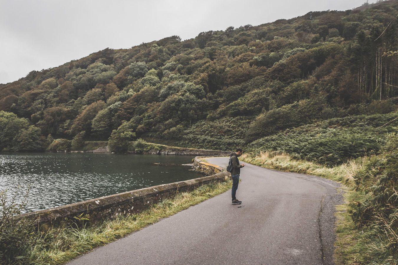 Sur les bord du Lough Hyne en Irlande