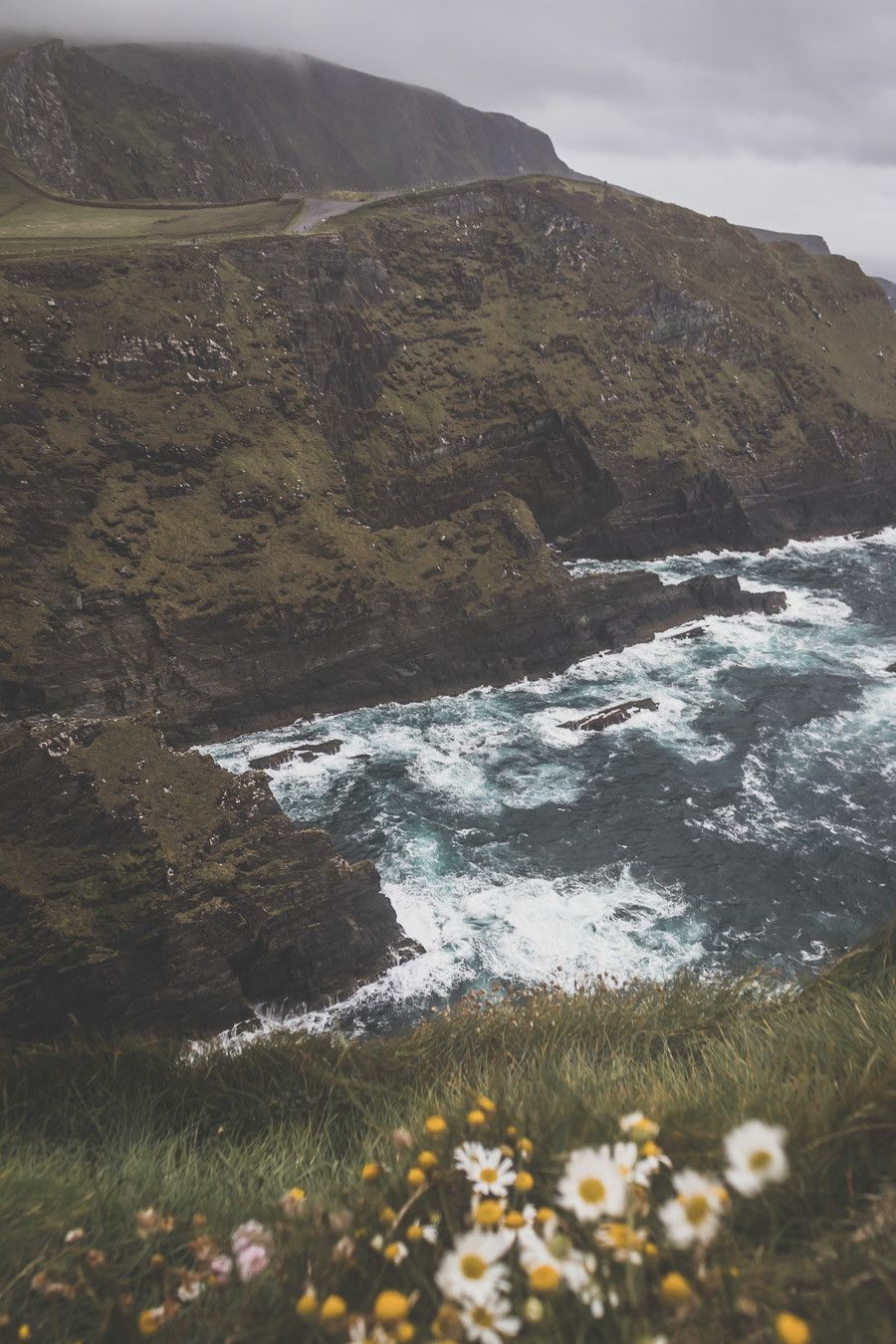Les impressionnantes falaises du comté de Kerry