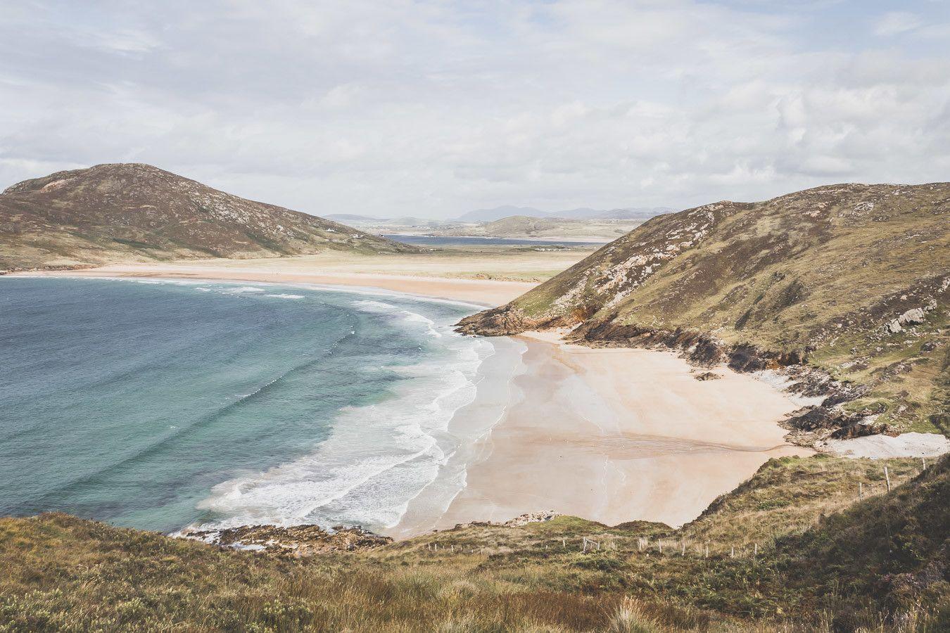 routes irlandaises vue sur la plage