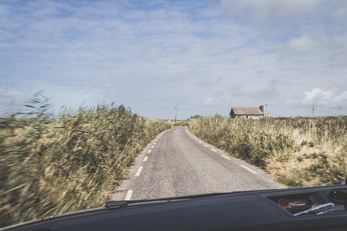 les routes sinueuses de l'irlande