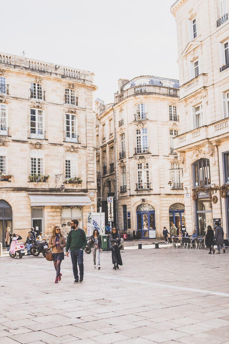 La place du Parlement de Bordeaux