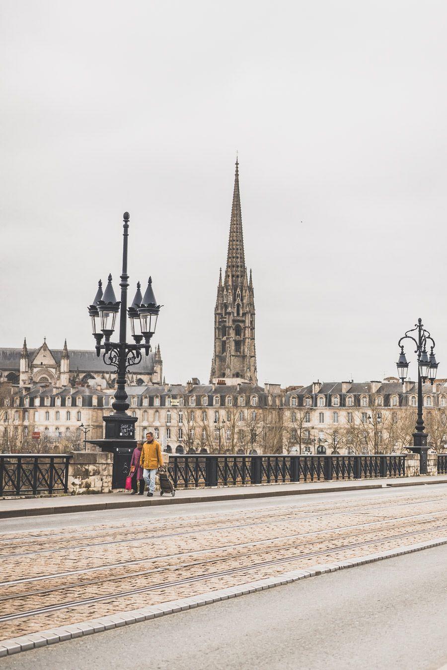 Visiter Bordeaux en 2 jours - le pont de pierre