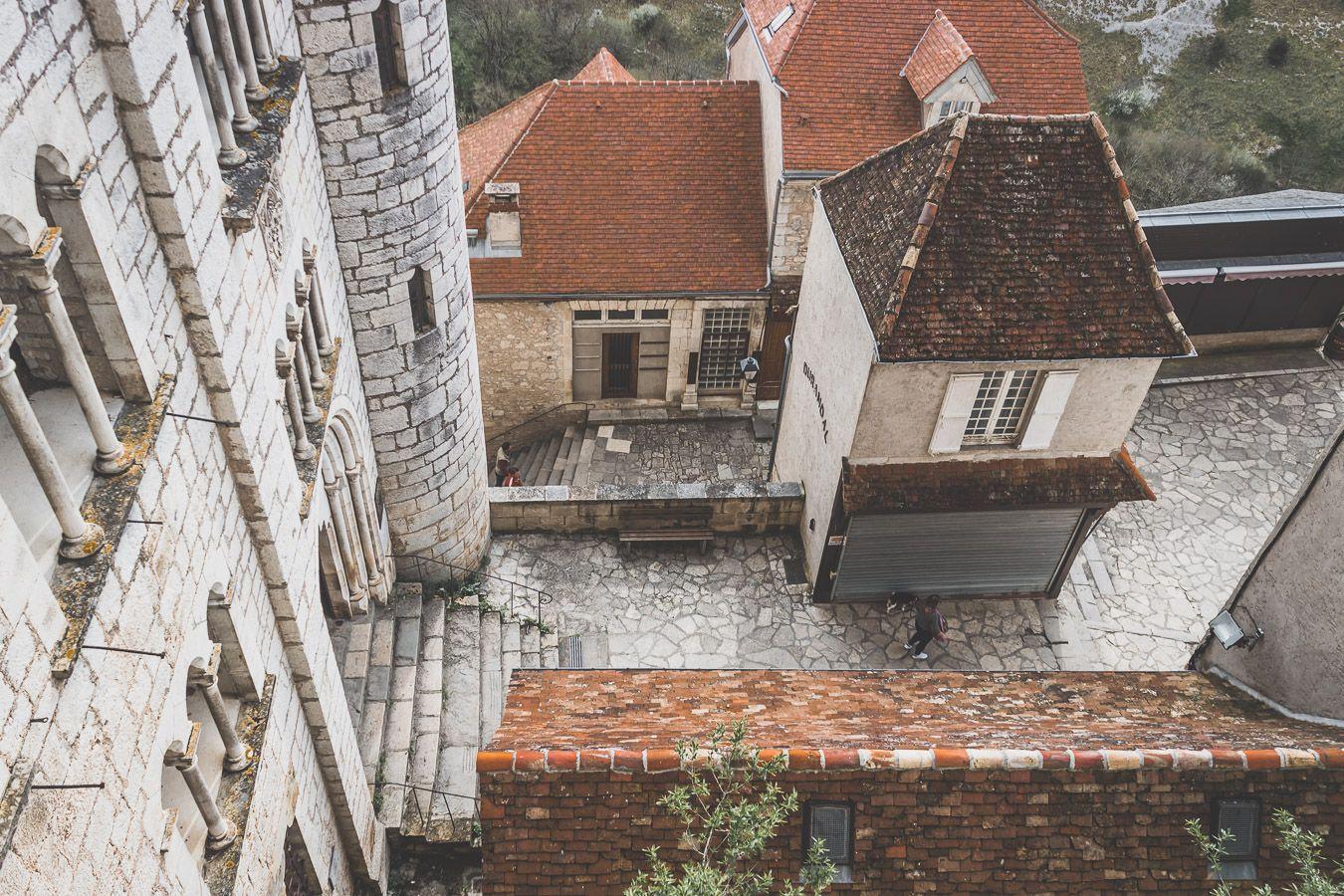vue en hauteur sur Rocamadour - Villages du Lot