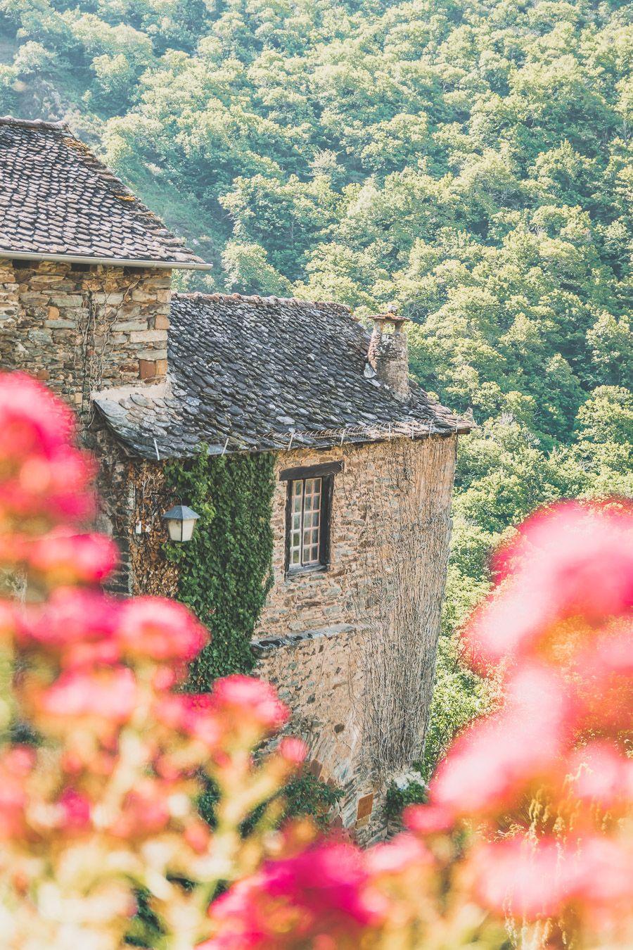 Plus beaux villages de France : Conques