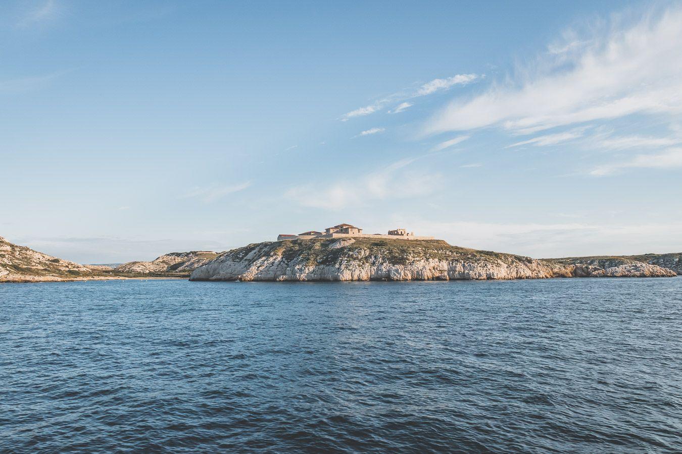 excursion depuis Marseille - île au petit matin