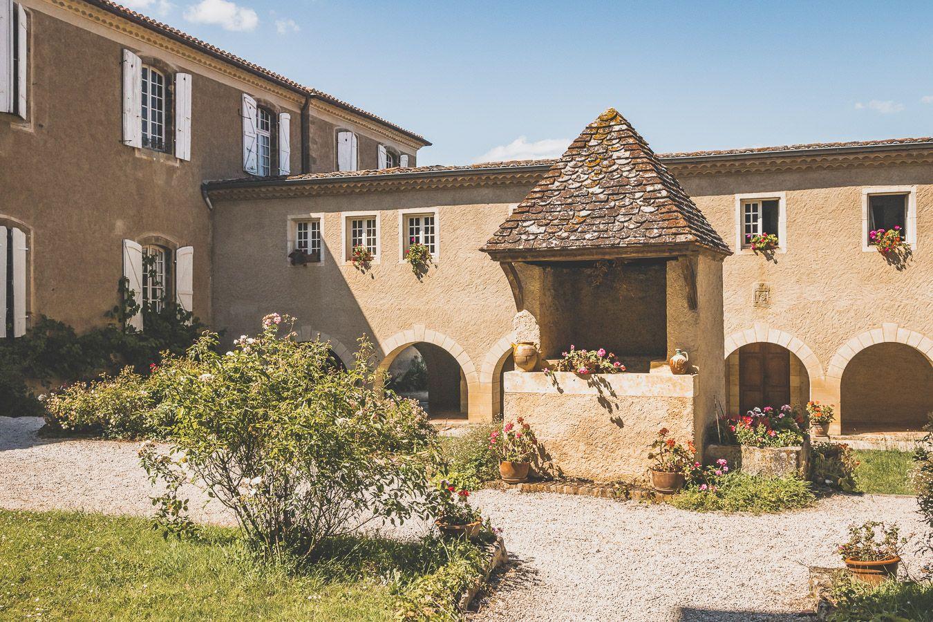Abbaye de Boulaur dans le Gers
