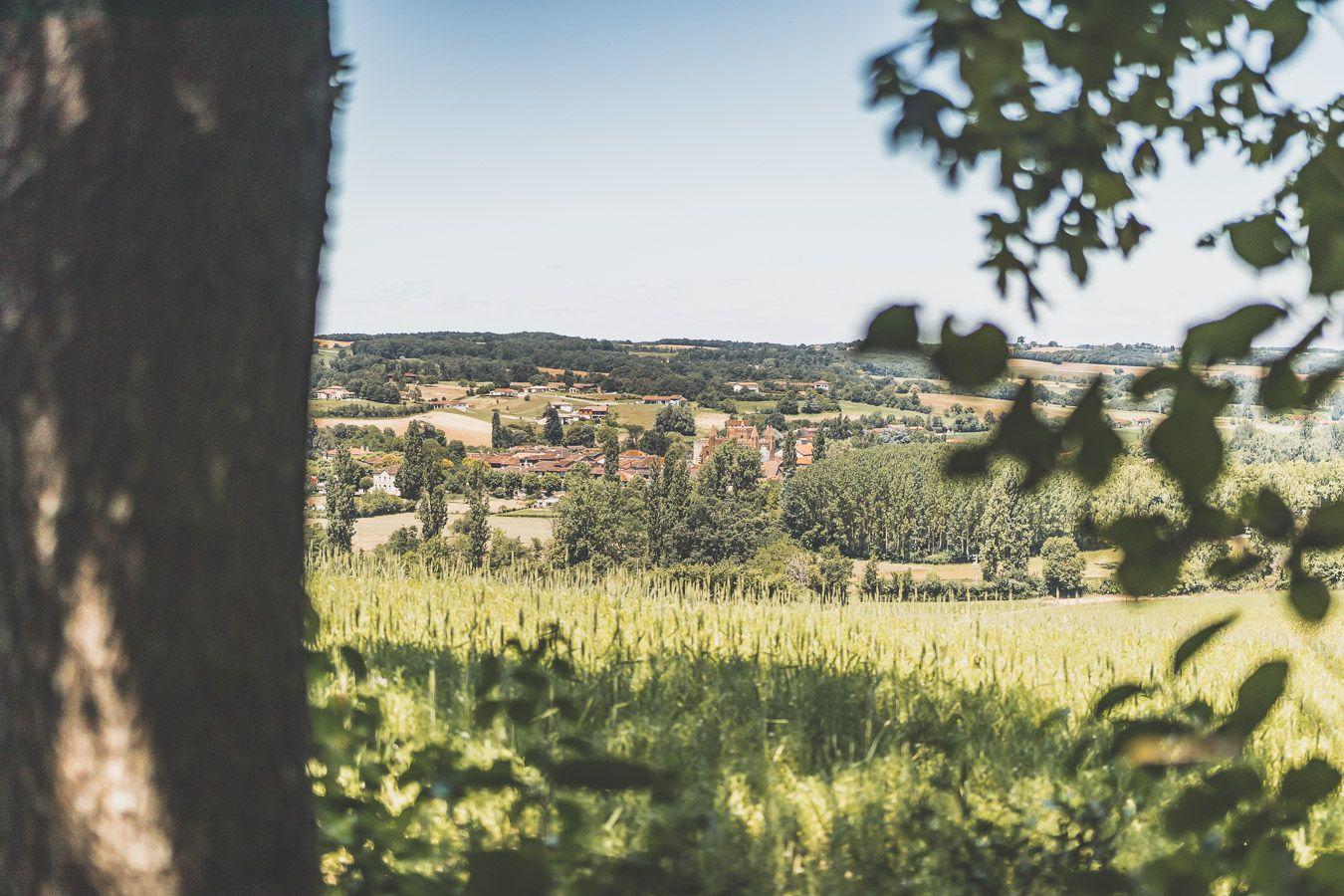 Vue sur le village de Samatan
