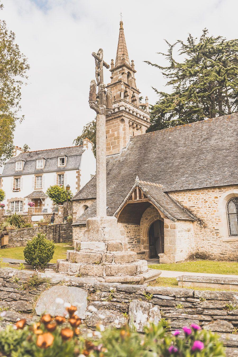 Locquénolé, joli village du Finistère