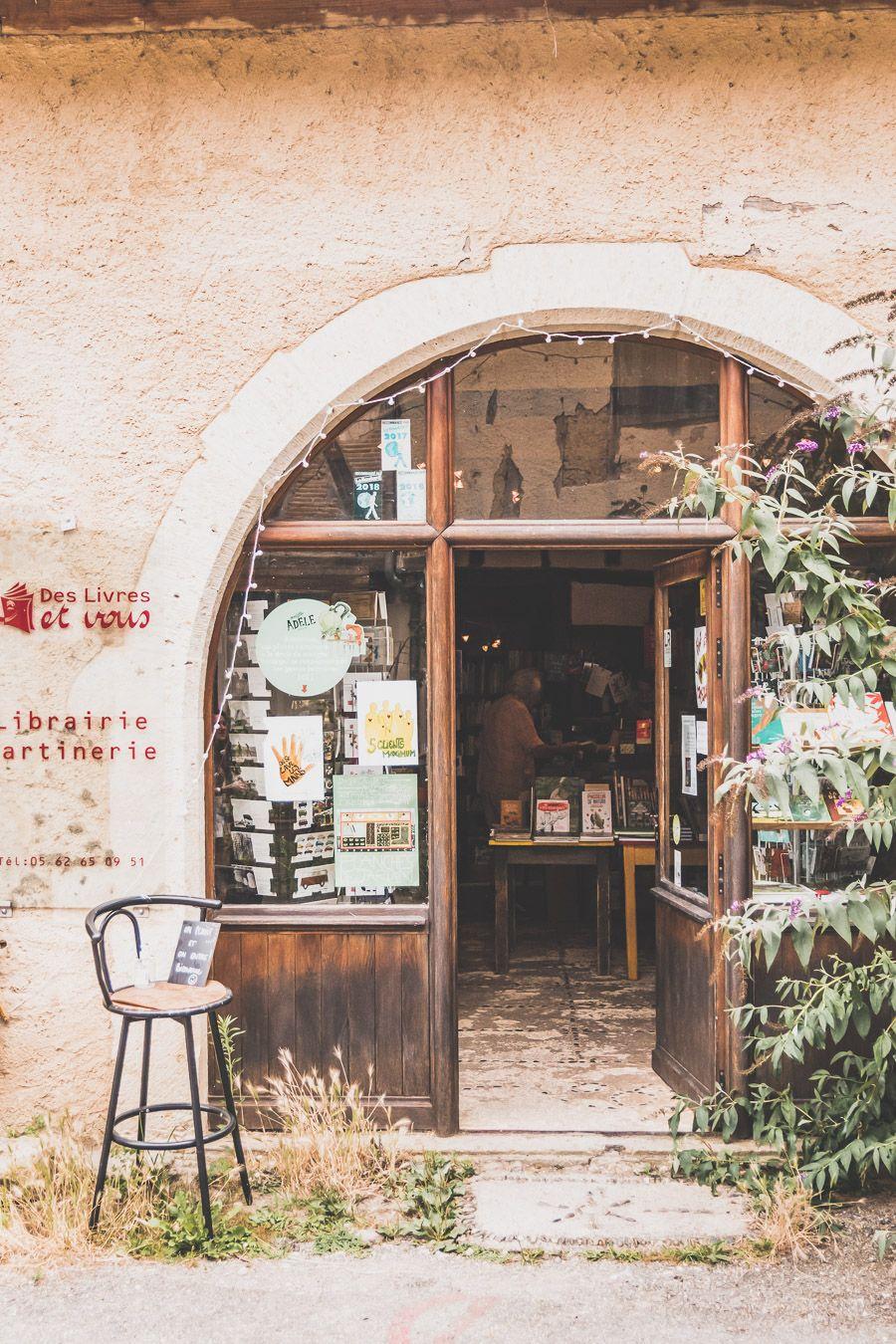 Façade de la librairie de Sarrant
